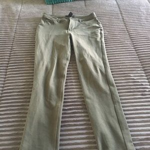 Army green soft stretch jeggings with cuff